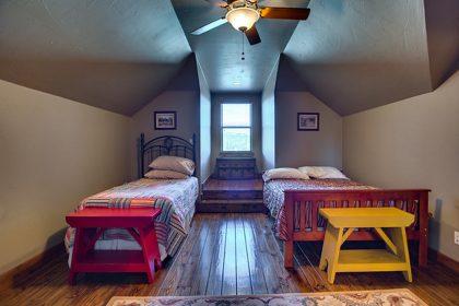 Venado-Springs-Guest-Retreat-Event-Hunting-Lodge-Texas-053