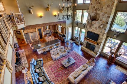 Venado-Springs-Guest-Retreat-Event-Hunting-Lodge-Texas-059