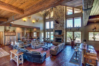 Venado-Springs-Guest-Retreat-Event-Hunting-Lodge-Texas-065
