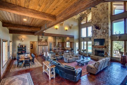 Venado-Springs-Guest-Retreat-Event-Hunting-Lodge-Texas-066