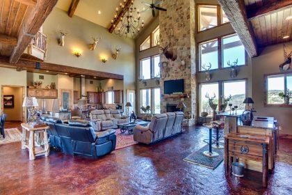 Venado-Springs-Guest-Retreat-Event-Hunting-Lodge-Texas-073
