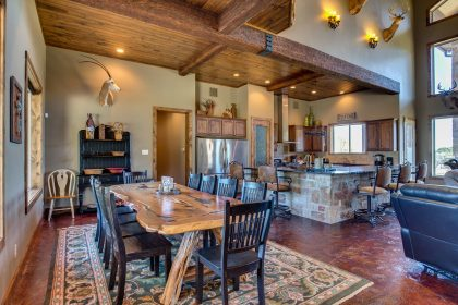 Venado-Springs-Guest-Retreat-Event-Hunting-Lodge-Texas-076