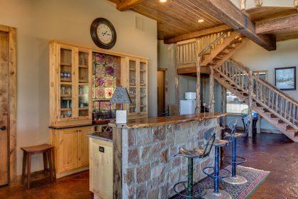 Venado-Springs-Guest-Retreat-Event-Hunting-Lodge-Texas-082