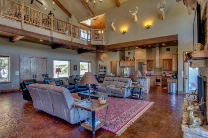 Venado-Springs-Guest-Retreat-Event-Hunting-Lodge-Texas-084