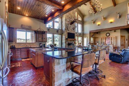 Venado-Springs-Guest-Retreat-Event-Hunting-Lodge-Texas-091