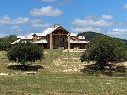 Venado-Springs-Texas-Family-Getaway-Business-Retreat-Hunting-Lodge-Camp-062