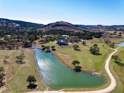 Venado-Springs-Texas-Family-Getaway-Business-Retreat-Hunting-Lodge-Camp-063